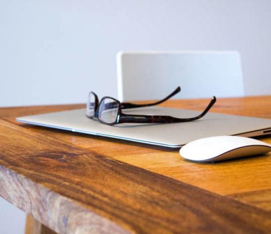 Blogi – sposób na wyrażanie siebie czy próba wpływania na opinię innych?