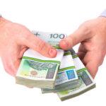 Dlaczego warto wziąć pożyczkę przez internet?