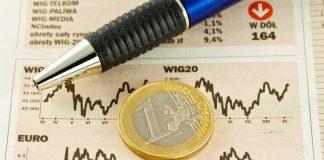 Wycinek z gazety przedstawiający wykres WIG20